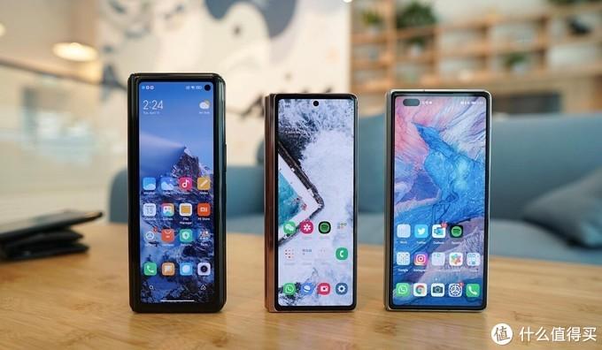 当下三款主流折叠屏手机摸机测评