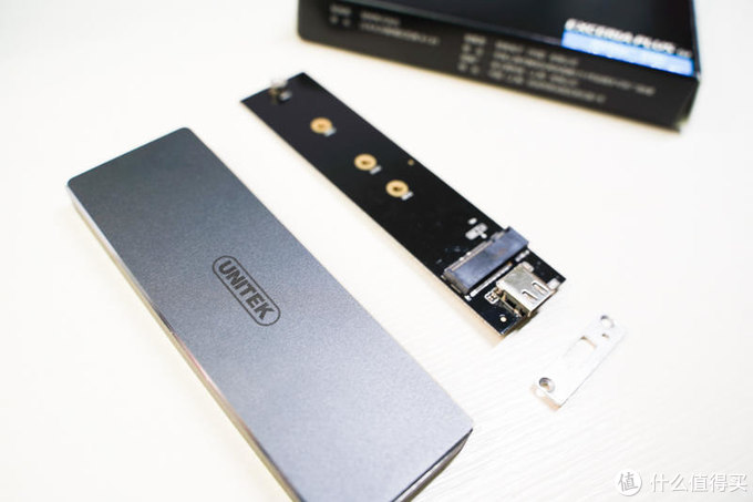 旧硬盘秒变称手小工具!优越者M.2高速移动硬盘盒评测