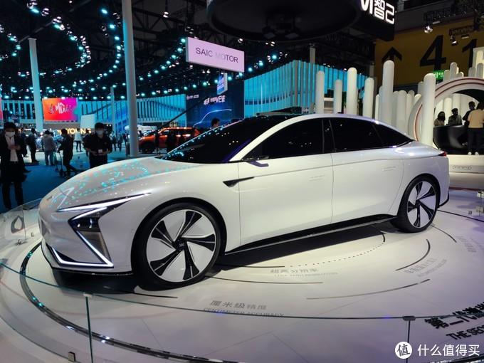 2021上海车展:多项黑科技加持,智己L7开启预售