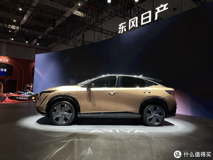 2021上海车展:纯电最高巡航610km 日产ARIYA车展实拍