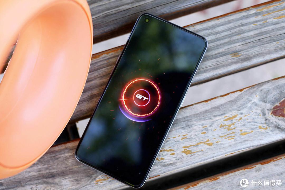 性价比最高的电竞手机测评,realme真我GT Neo值得买吗?