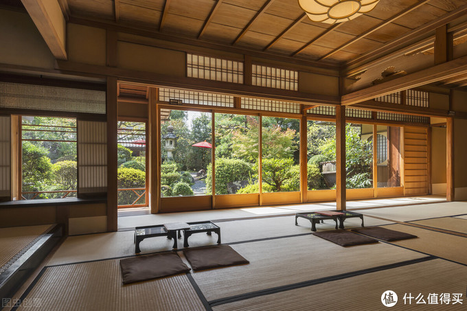 探究日本美学,不要错过这本最美版《阴翳礼赞》