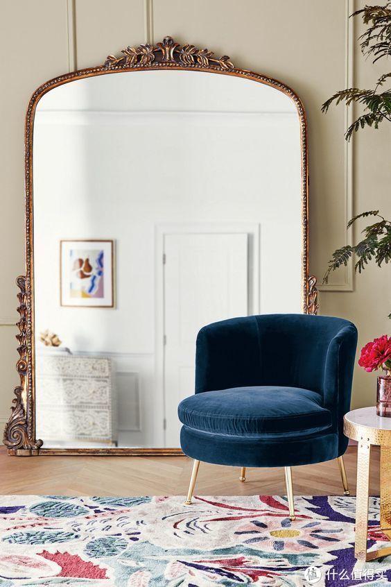 借一面镜子,演绎家居装饰新美学