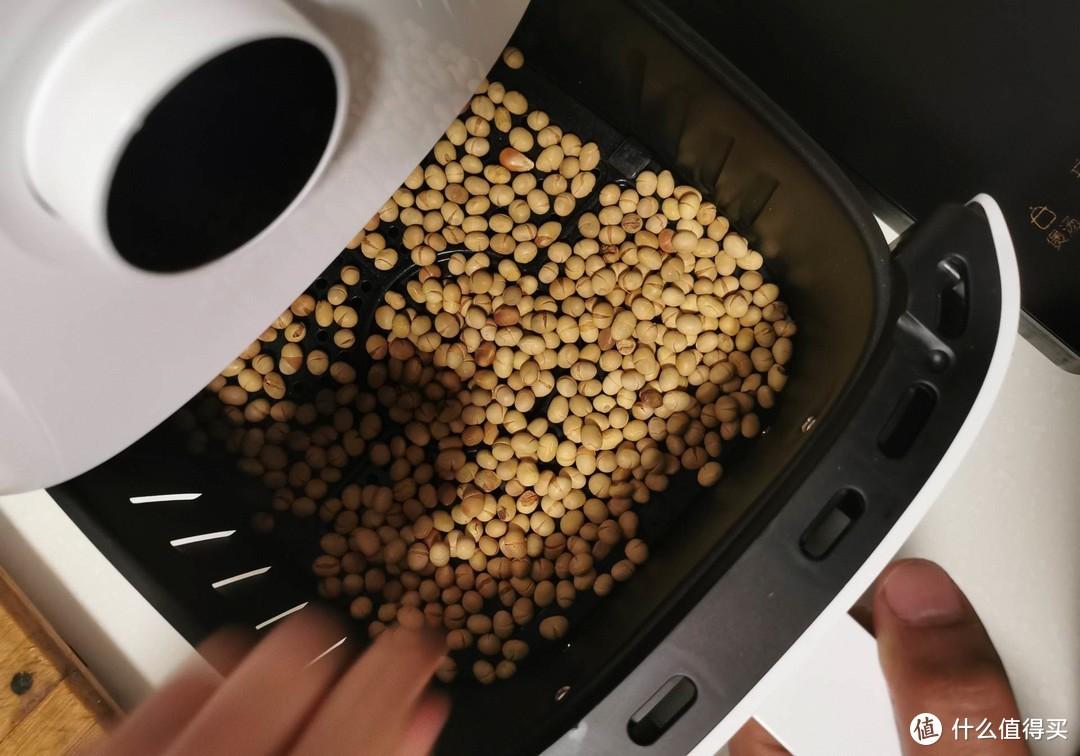 有微波炉有烤箱,但智能空气炸锅依旧独有用处不可或缺