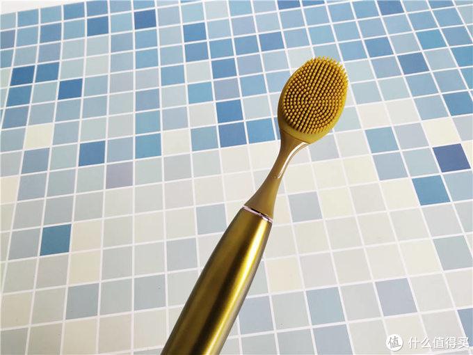 罗曼电动牙刷T10 S:洁齿洁面轻松搞定,带给你全面的呵护体验