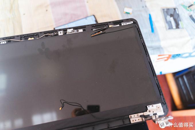 给老爸上网课的电脑升级之不小心剪断了天线