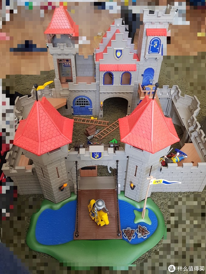 从大型家庭市场淘回来的Playmobil城堡套装