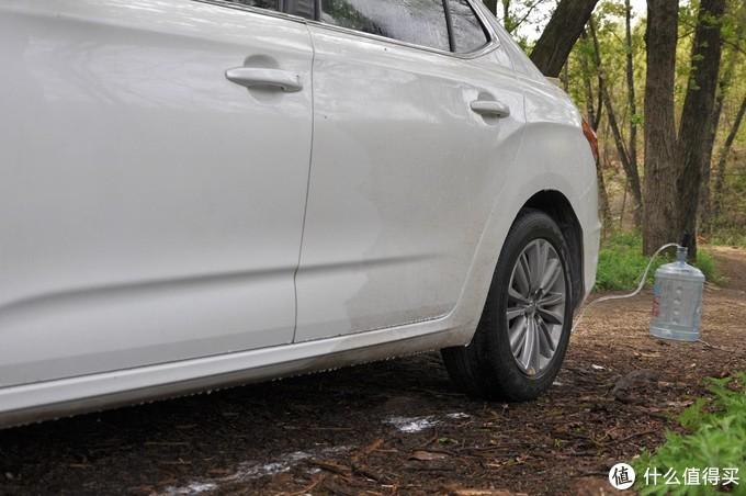 单手轻松洗车,电池可拆续航够用,乐空高压锂动力洗车机体验