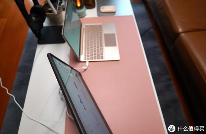 打造客厅休闲影音办公小世界,我给Surface增加了这些配件