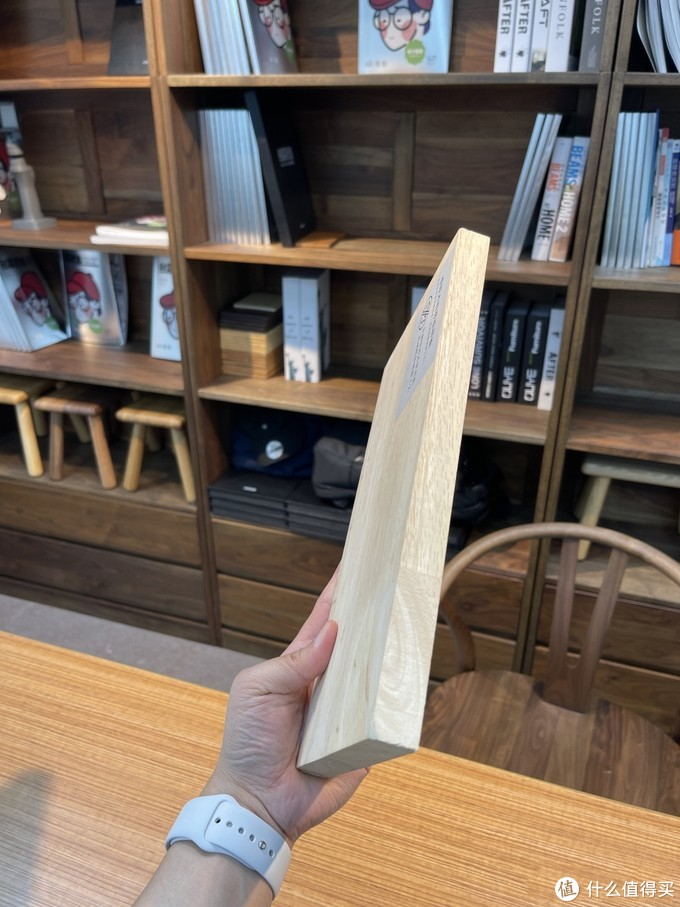 实木家具和原木家具有什么区别?如何分辨?