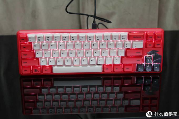 这本经典国漫出了联名键盘——黑爵K680T镖人定制版