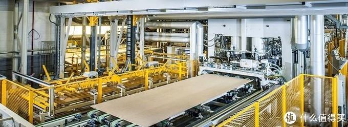 这是进口爱格板的生产线