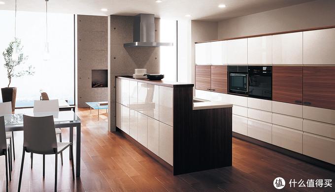 看这个大厨房,真漂亮