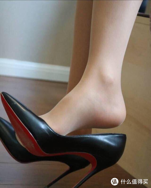 足尖风情惹人爱,聊聊细高跟女鞋的选购和穿搭