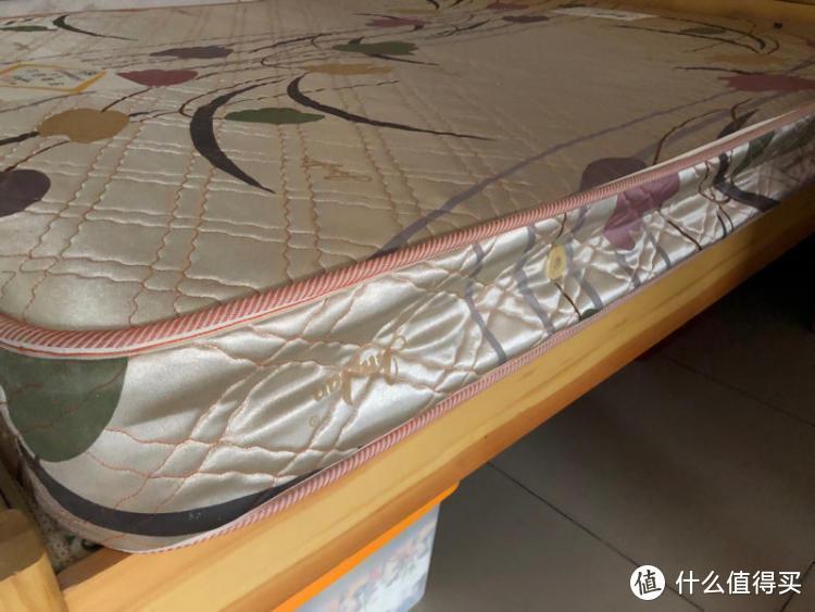 床垫应该怎么选择?席梦思 乳胶垫 海绵 软床垫子应该选择什么的的?科普床垫选购!!