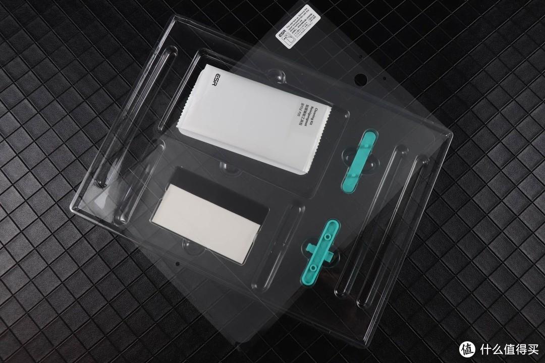 亿色ipad平板膜,保护套:手感好,使用方便