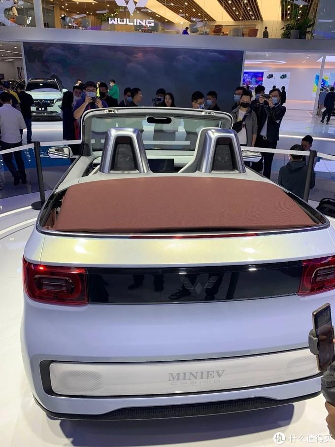 人民的平价敞篷车:上海车展实拍五菱宏光MINI EV敞篷版