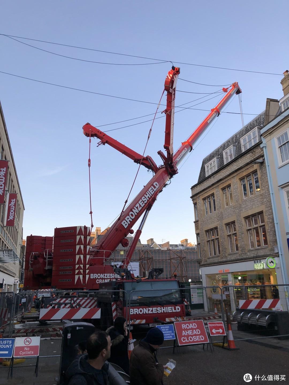 在牛津看到的大吊车