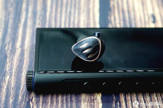 【耳边评测】进阶利器——飞傲FH5s圈铁耳塞首发评测