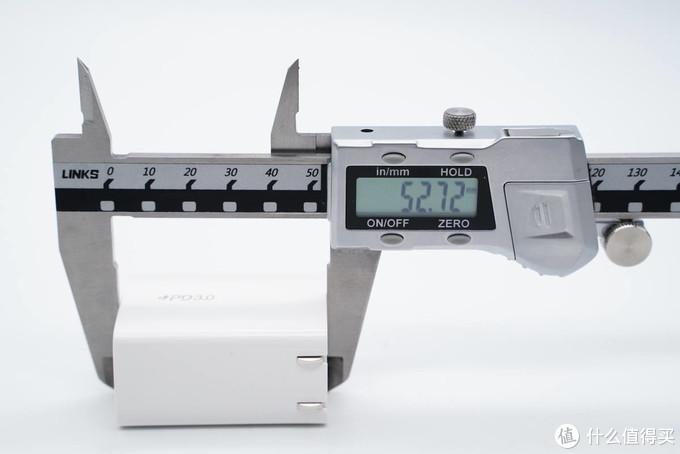 拆解报告:MOMAX摩米士30W PD快充充电器UM17CN