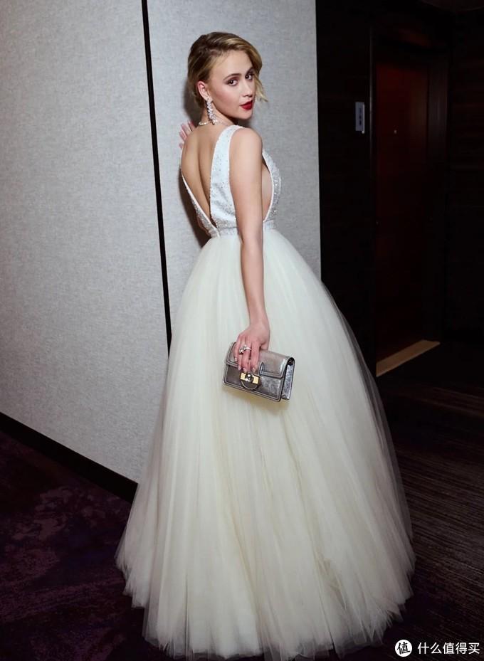 第93届奥斯卡红毯合集|Chanel、Gucci一线大牌定制礼服