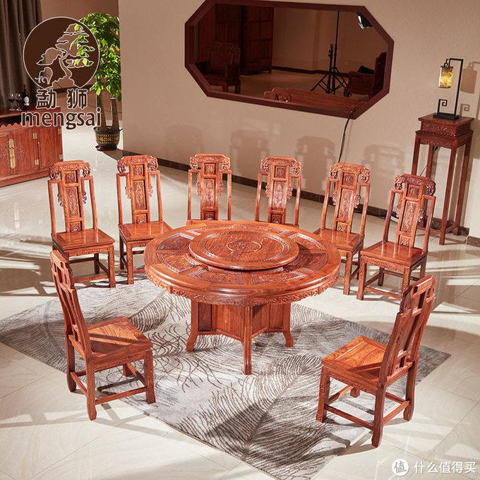 如何选择家庭红木餐桌?方桌还是圆桌?