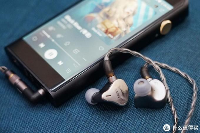 5款耳机,全面了解21版山灵M6的可玩性!