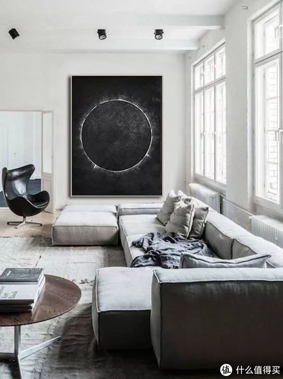 颠覆日常,SOLO客厅也能玩出大空间