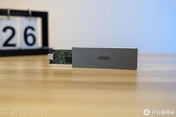 外观精致,安装便捷、优越者(UNITEK) M.2硬盘盒C口SATA协议 评测