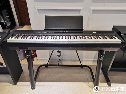移动便携式电钢琴中黑马品牌——科瑞恩电钢琴D30上手体验!