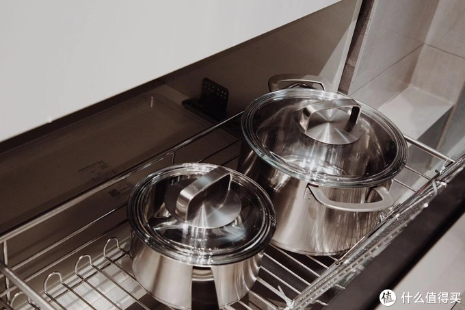 """摒弃常规动线,""""T""""字型厨房的实用设计"""