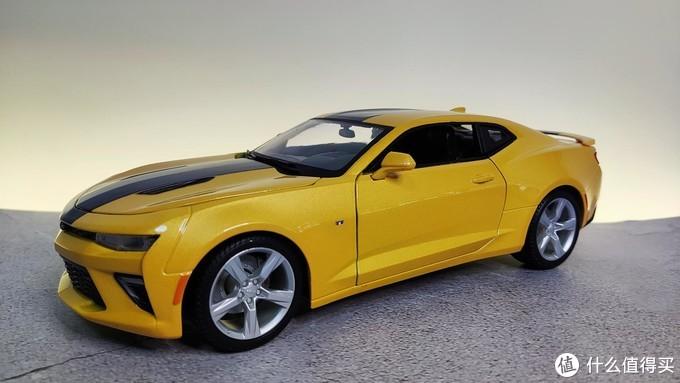 送给孩子的第一辆车,科迈罗大黄蜂合金车模