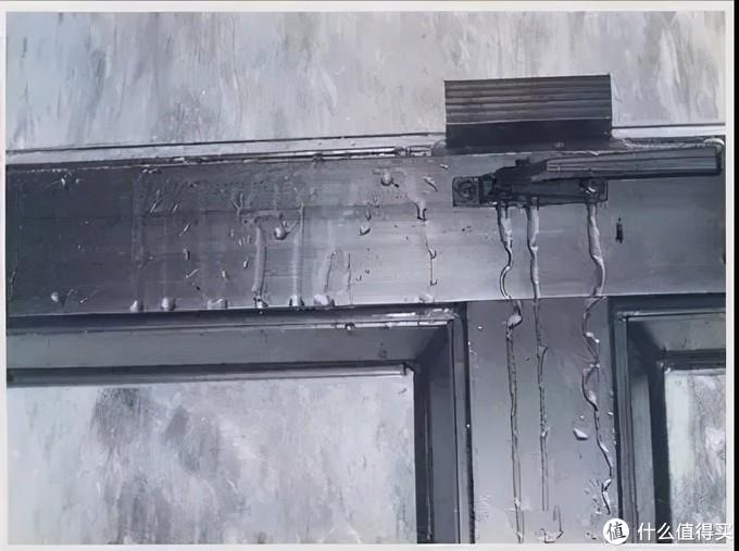 春雨绵绵漏不停,家里的门窗老是渗漏怎么办?