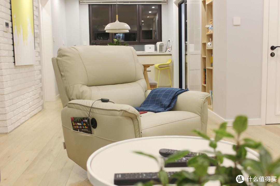 空闲时候摇一摇,累了时候趟个觉——芝华士1068电动可躺可摇科技布功能单椅评测