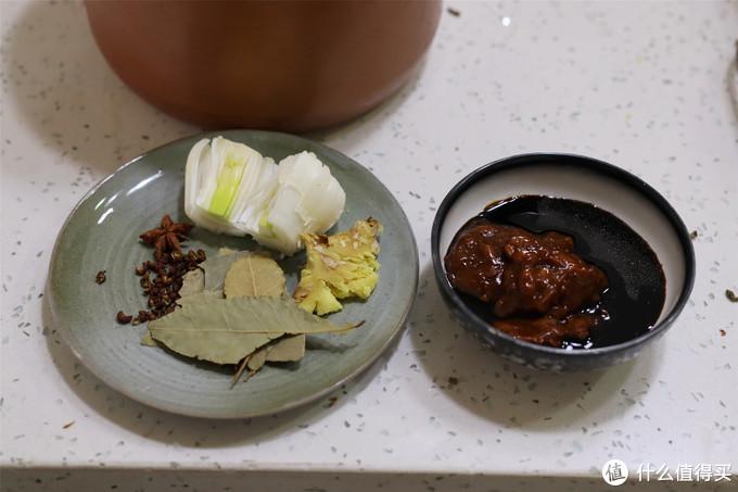 菜市场50元买了5斤牛骨头,用这办法煲一锅,一顿吃干净,真香啊