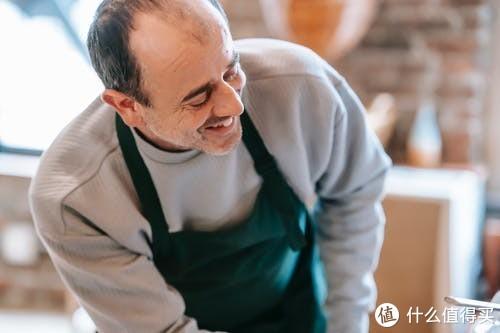 2021年养老金上涨4.5%,缴纳30年后退休养老金应该涨多少?