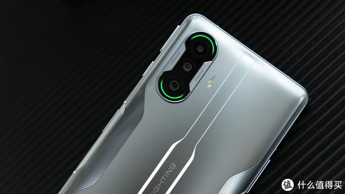 Redmi K40游戏增强版简评:强续航、天玑旗舰芯高性价比游戏手机