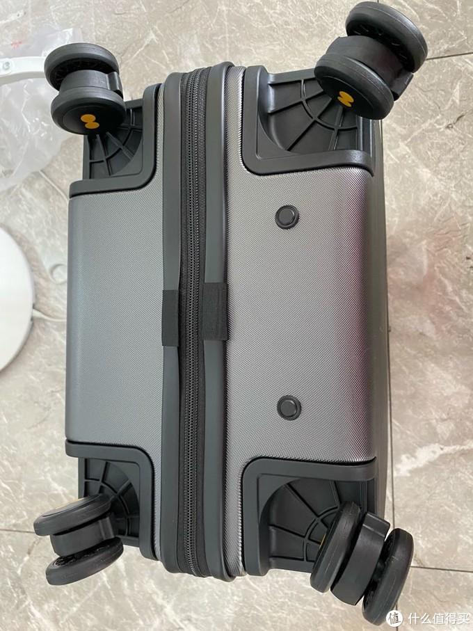 地平线8号行李箱20寸