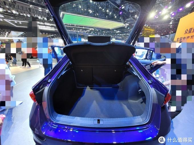 2021上海车展——奔驰迈巴赫与斯柯达明锐