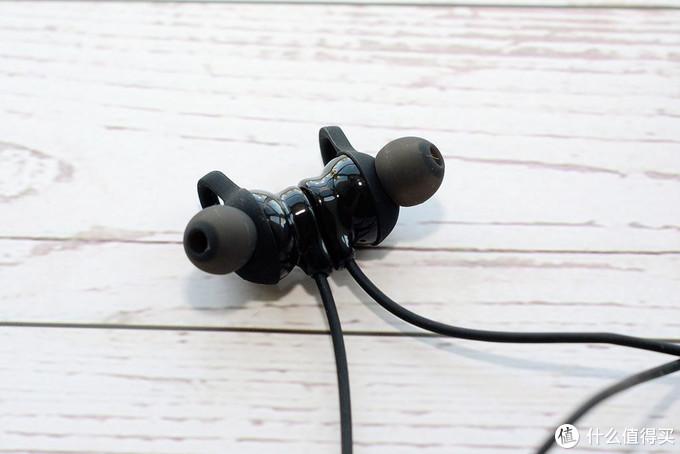 轻巧随行、一键闪连的vivo 无线影音耳机评测
