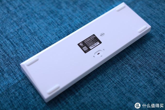 腹灵F12三模版——400元的热插拔68配列键盘