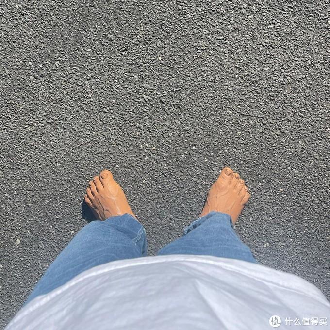 """把""""脚""""穿在脚上?这双鞋看得我直呼好家伙"""