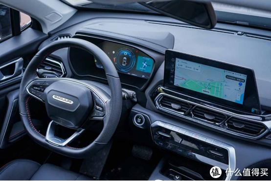 自主SUV选哪款好?新宝骏RS-5 300T成就紧凑级SUV新典范