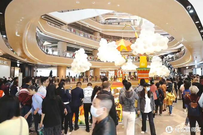 重庆光环购物公园:开业即获一片好评,这是在打来福士的脸?