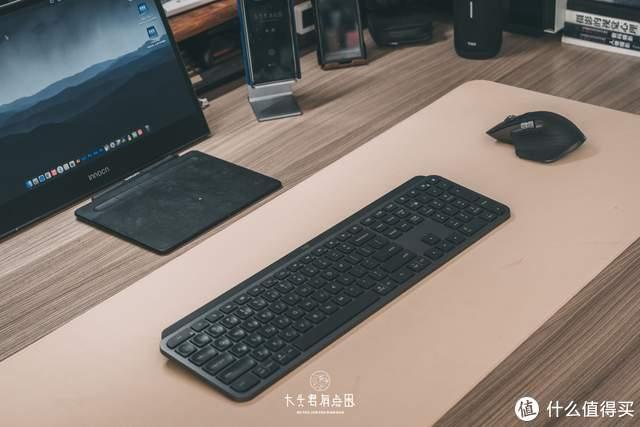 为了让工作更舒服 搭建了一套梦想中的桌面