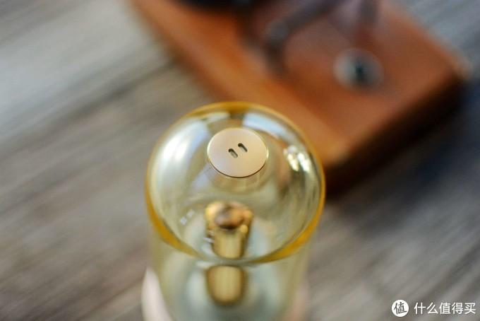 轻松将自己的桌面打造的更具逼格:入手洛斐拾光灯,经典复古元素