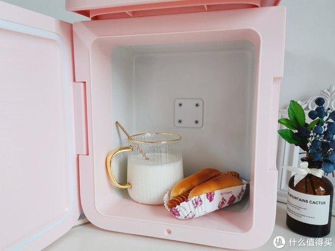 倍思小冰箱,打开小而美的精致生活