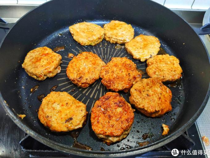 早餐这样做,好吃不长肉,有肉有菜,一顿做一盘,吃个精光