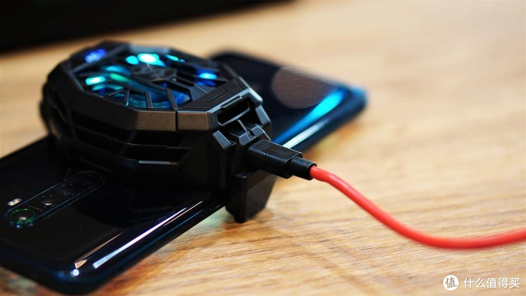 零度体验+HIFI畅享,黑鲨 散热背夹+游戏耳机真不错