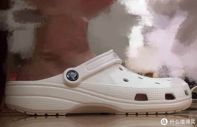 夏天必备战靴-卡骆驰Crocs纯白洞洞鞋捡漏开箱